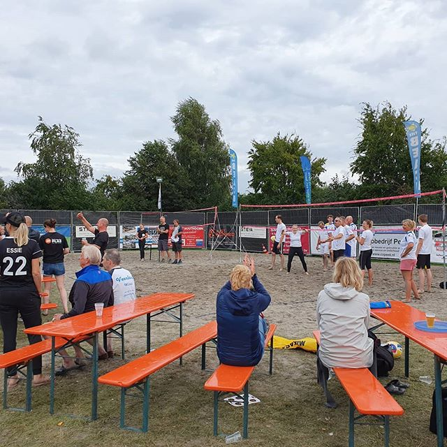 Prijsuitreiking beachvolley @wilnisfestival